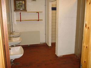 Toilet rum